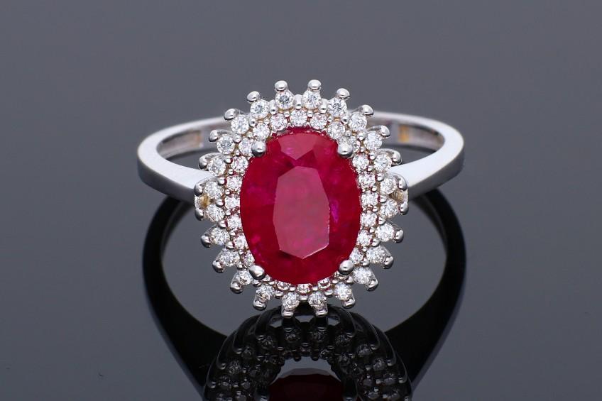 Inel de logodna anturaj zirconia rubin bijuterii aur 14k